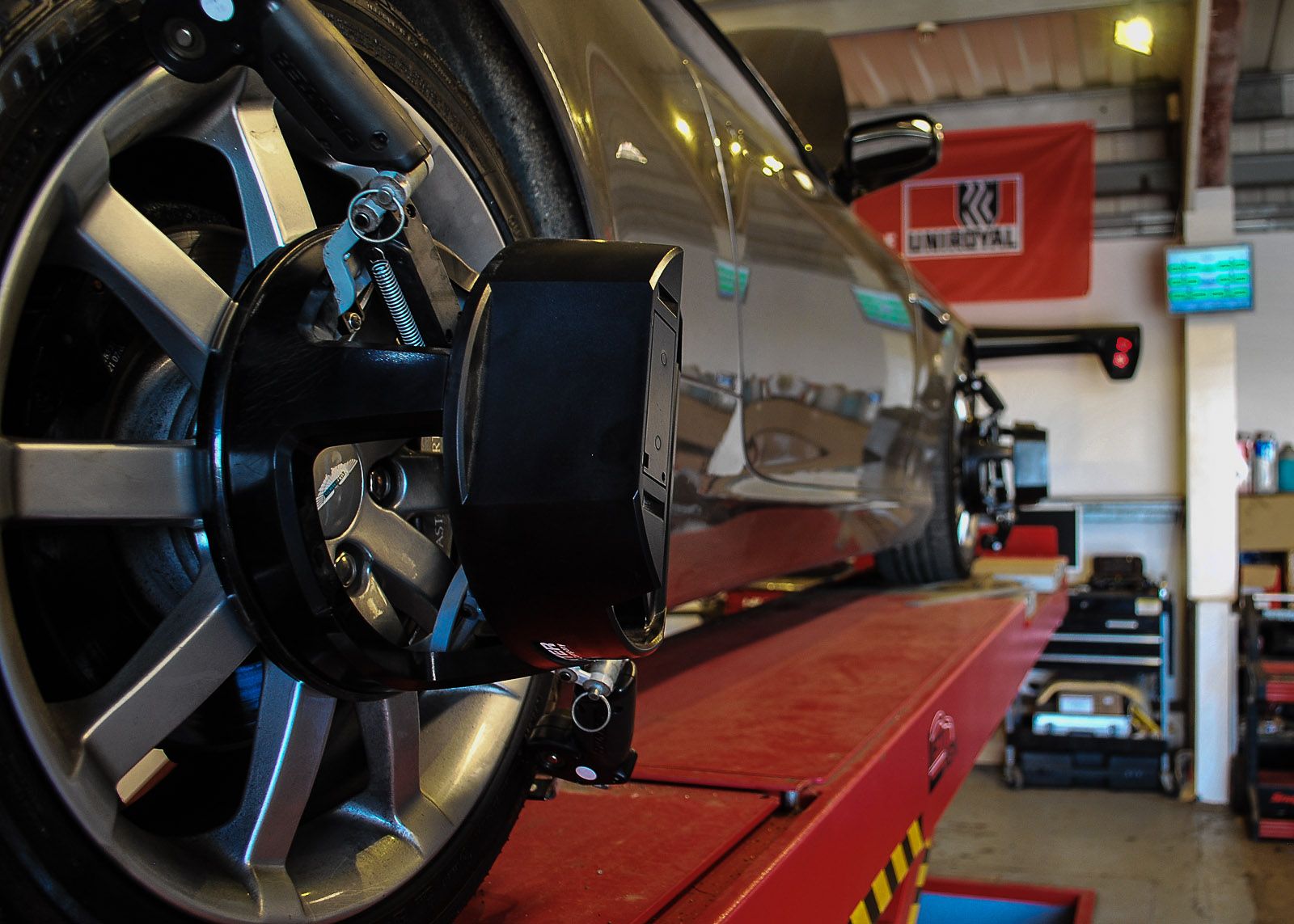 Tracking / Wheel Alignment – A1 Tyres